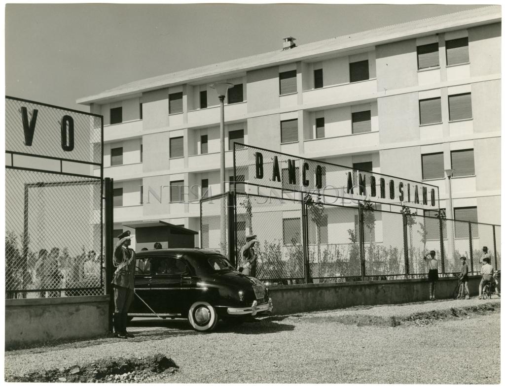 Milano Barona 1958. Centro Sportivo Banco Ambrosiano, Via Ovada 20-24
