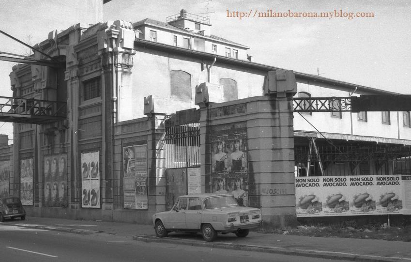 Milano Barona, confinante con Chiesa Rossa. Anni '70, Mulini Certosa di Via della Chiesa Rossa 9, Naviglio Pavese. (Fonte fotografica: web Lombardia beni culturali).
