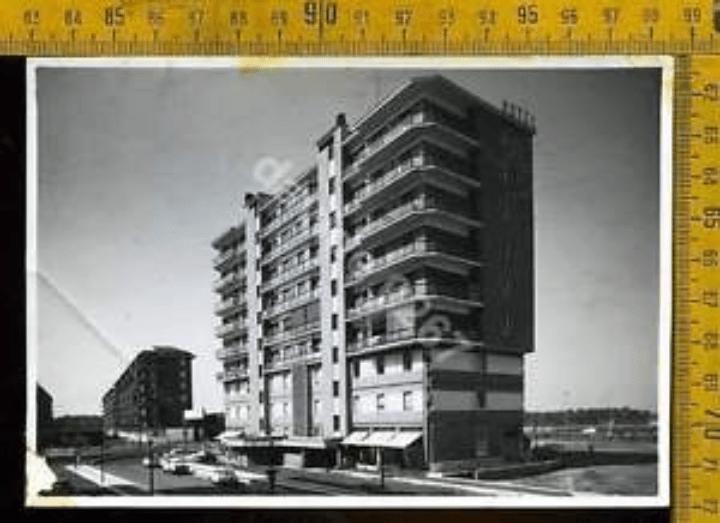 Milano Barona. Motel-dei-Fiori-visto-dalla-Via-Privata-Renzo-e-Lucia-nei-primi-anni-60 (da ebay.it)