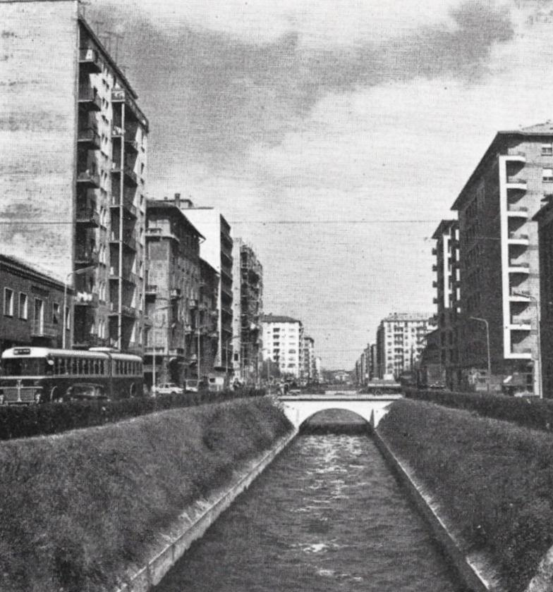 Milano San Cristoforo-Piazzale Milizie anni '60- Colatore Olona (ancora scoperto... ma non per molto) lungo Viale Carlo Troya a ridosso del Piazzale delle Milizie.