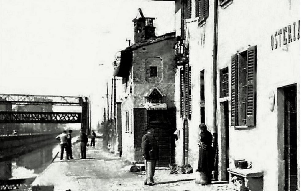 Osteria Dosso all'omonima Cascina, alzaia Naviglio Grande, Vicinanze Ponte ferroviario Richard Ginori, anni '50 (dall'album Milàn l'era inscì).