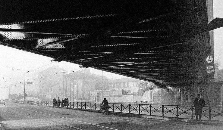 Primi anni '60 Ponte ferroviario (Ex Cintura Sud) di San Cristoforo (via Lodovico il Moro) (da Milàn l'era Inscì)