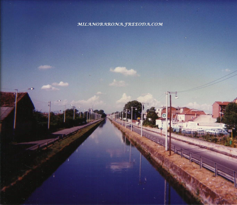 Barona-Gratosolio (oltre la Conca Fallata). Via Ascanio Sforza e Naviglio Pavese dal ponte dell'Annone. Agosto 1995