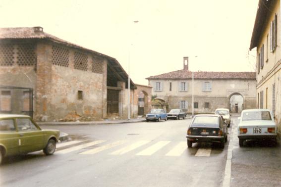 Ronchetto Barona. Via Merula e Villa Corio Durini Beltrami (1978 curca). Fonte:Milano nei Cantieri dell'Arte.