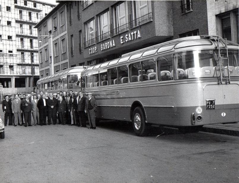 Via Modica 1960 circa e la Cooperativa E. Satta. Fonte: http://coopbarona.it/storia/