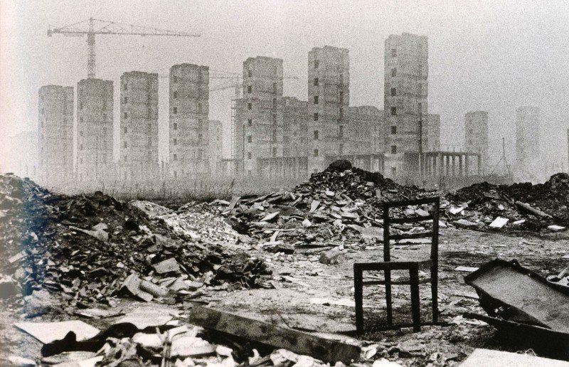 Presumibilmente il cantiere del complesso abitativo del quartiere Spezia nei primi anni '60, compreso tra le Vie Rimini e Spezia (fotografato dalla Via Moncucco)