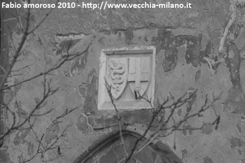 Stemmi facciata Chiesa di S. Cristoforo alla Barona.