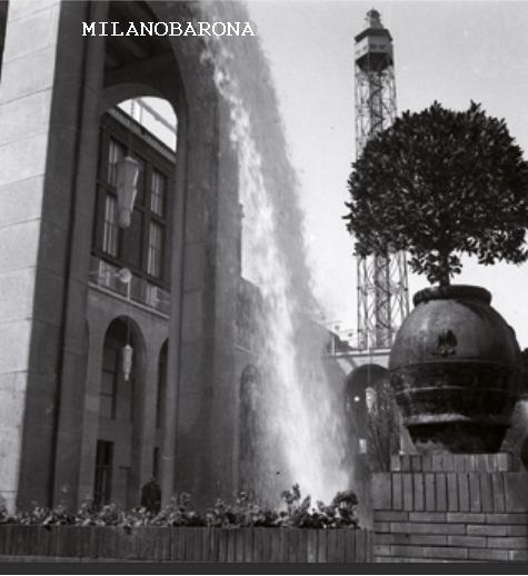 Milano 1940 Parco Sempione. Cascata acqua VII° Triennale.