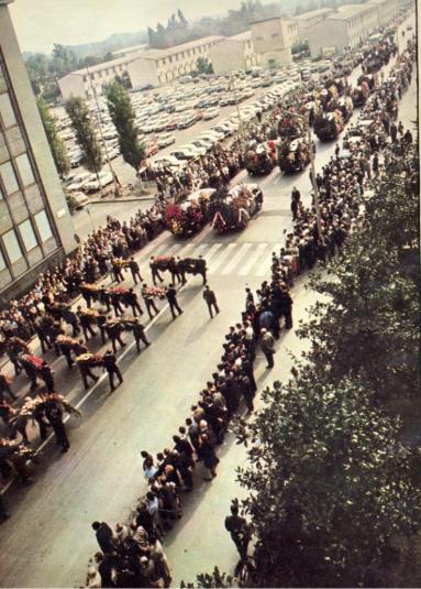 Crescenzago 26 Settembre 1970. Funerali di Angelo Rizzoli. (fonte web doncalabria.net)