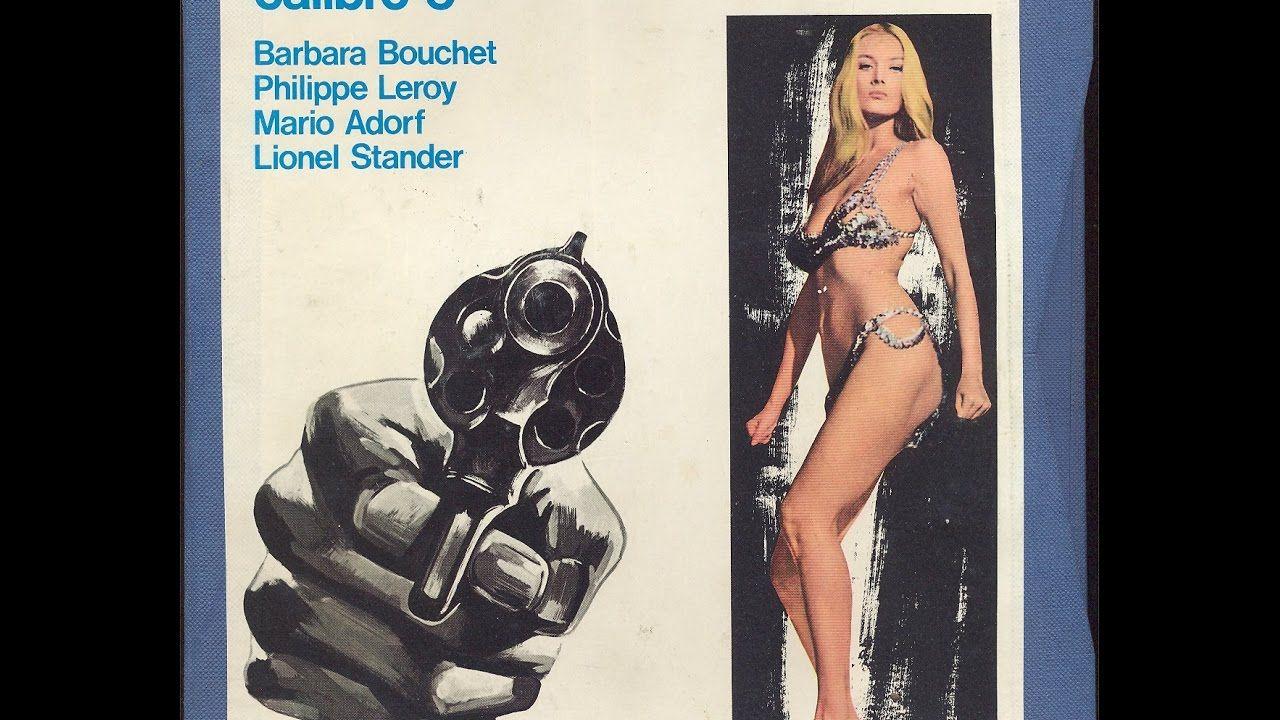 """Milano 1972. Locandina del Film """"Milano Calibro 9"""" diretto da Fernando di Leo."""