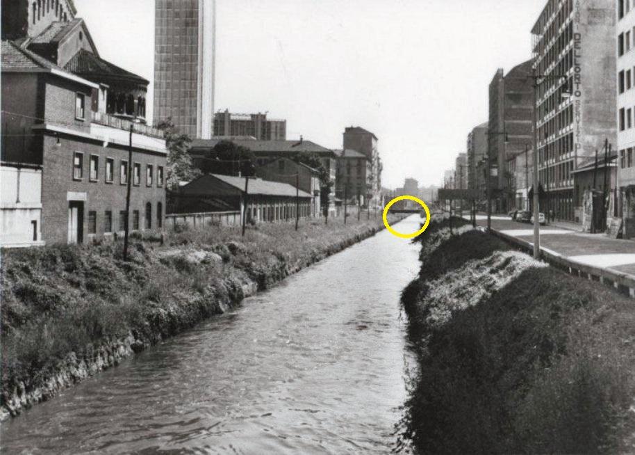 Naviglio Martesana in Melchiorre Gioia, anni '60, in direzione ponticello Via Pola Via Galvani. fonte web ilcielosumilano