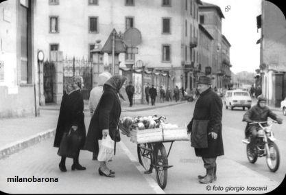 Milano 1972 Crescenzago (verso Quartiere Adriano). Piazza Costantino. (fonte: pratmarmilano.it)