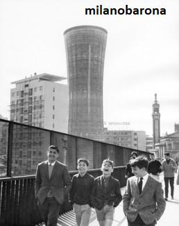Milano 1964 Ports Garibaldi/Monumentale. Ponte di Via Carlo Farini 1964 (centrofotografia.org)