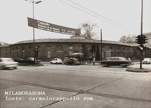 Milano 1973 , Porta Vittoria, Rotonda della Besana lungo V.le Regina Margherita. (fonte web carmelocappello.com)