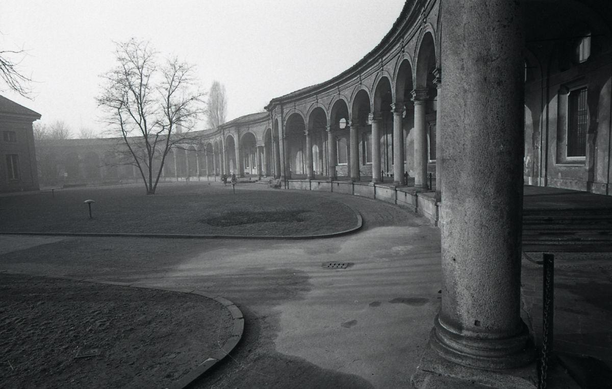 Milano 1967. Porta Vittoria, Rotonda della Besana. Autore Paolo Monti, fonte Wikimedia.