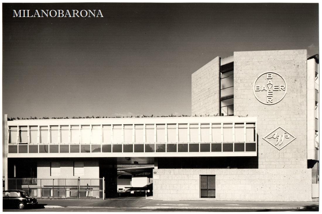 Milano Certosa 1955. Viale Certosa 130, sede unificata Bayer-Agfa. (fonte: web archiviogigigho)