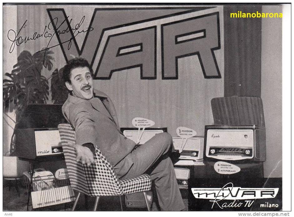 Milano 1954 circa. Locandina pubblicitaria Vichi Apparecchi Radio VAR (dal 1955 MIVAR). (Fonte corriere.it, riferimenti storici mivar.it). Stelle e stalle di una industria radiotelevisiva collassata sia per la concorrenza sleale dei mercati asiatici come per alcune fissazioni personali del suo fondatore).