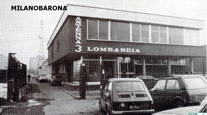 Legnano (Mi) primi anni '80- Emittente televisiva, centro di produzione A3L, Antenna 3 Lombardia (co fondatori Enzo Tortora-Renzo Villa) . Gli studi televisivi erano ubicati a Legnano, in via per Busto Arsizio 15, sul confine con il comune di Castellanza.