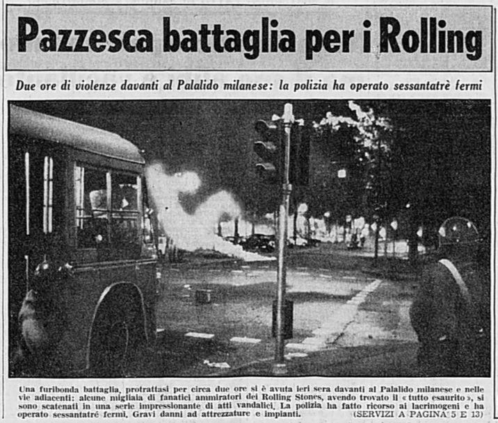 Milano 1970 Piazzale Lotto-Palalido 1 Ottobre. Come si evince dall'articolo giornalistico la notte tra l'1 e il 2 Ottobre '70 fu di guerriglia urbana e atti di vandalismo per un tutto esaurito di un concerto dei Rolling Stones. (fonte web Rolling Stones Italia)