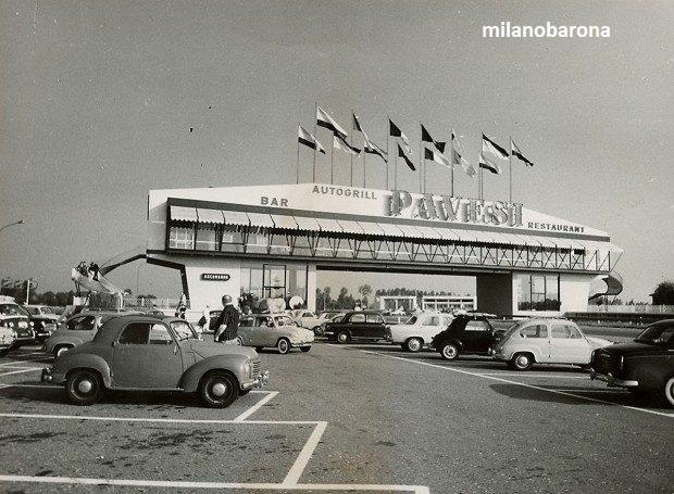 Provincia di Milano 1959. Barriera di Melegnano e Autogrill posto nelle sue vicinanze all'ingresso della A1 Milano Piacenza. (fonte levocidellanotte forum)