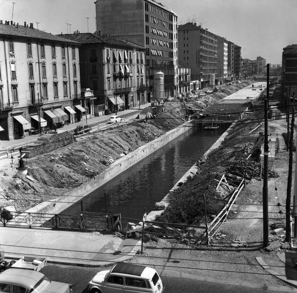Milano, 18/07/1961 Nella foto: lavori di copertura del Naviglio della Martesana @AF [419337]
