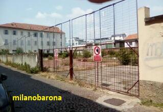 Barona, Via A. Binda 16. 15 Luglio 2019, area che un tempo ospitava un capannone (oggi demolito) utilizzato, anche, come area di sosta delle autocisterne Luigi Neri.