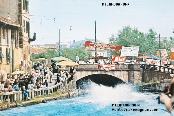 Naviglio Grande, Ponte dello Scodellino-Darsena 1981. Festa del Naviglio (fonte immagine maremagnum.com)