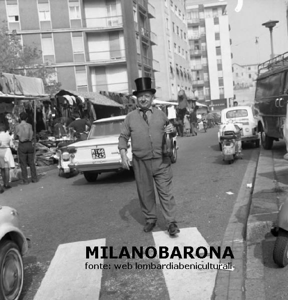 Ticinese 1970. Via Vettabbia, Fiera di Senigaglia.