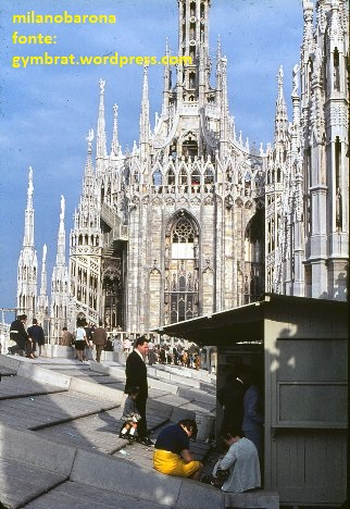 """Milano Duomo 1966. """"Terrazze del Duomo"""" riprese da turisti svedesi nel 1966."""