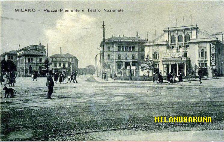 Piazza Piemonte e Teatro Nazionale (datazione possibile tra il 1924-30).