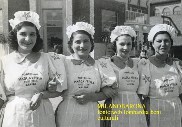 Milano 1940. Fiera campionaria, promozione tortellini pastificio Stella. (fonte; web Lombardia beni culturali)