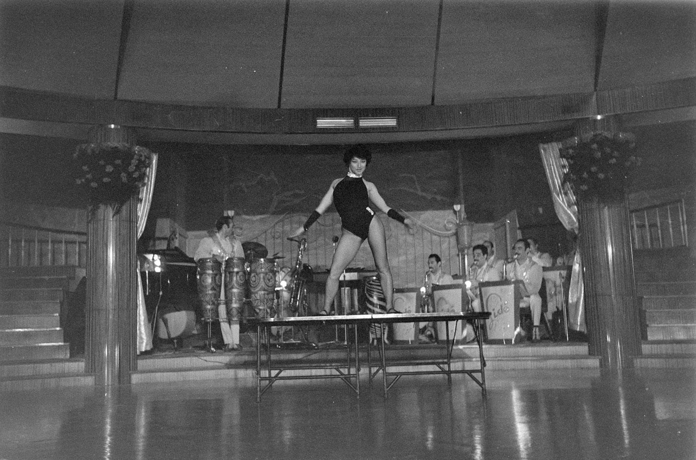 Night Ckub (1958). Autore Alfa Castaldi, località di Milano non precisata. (fonte: web raccolta immagini di Alfa Castaldi)