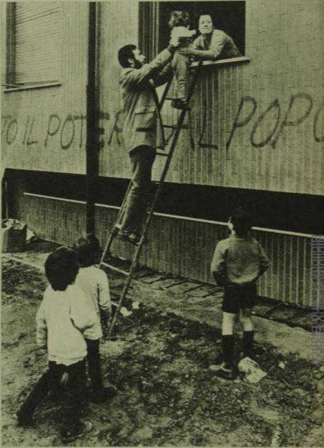 Villapizzone 1971, Via Mac Mahon, occupazioni stabili ex IACP. (fonte immagine Wikipedia)