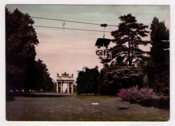 Parco Sempione con seggiovia nel 1953. (fonte immagine: web maremagnum)