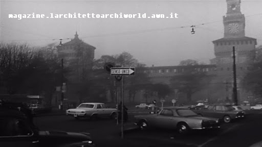 Piazza Castello e Castello Sofrzersco viste dalla Via Luca Beltrami (1970 circa), Fonte immagine sovraimpressa nella medesima.