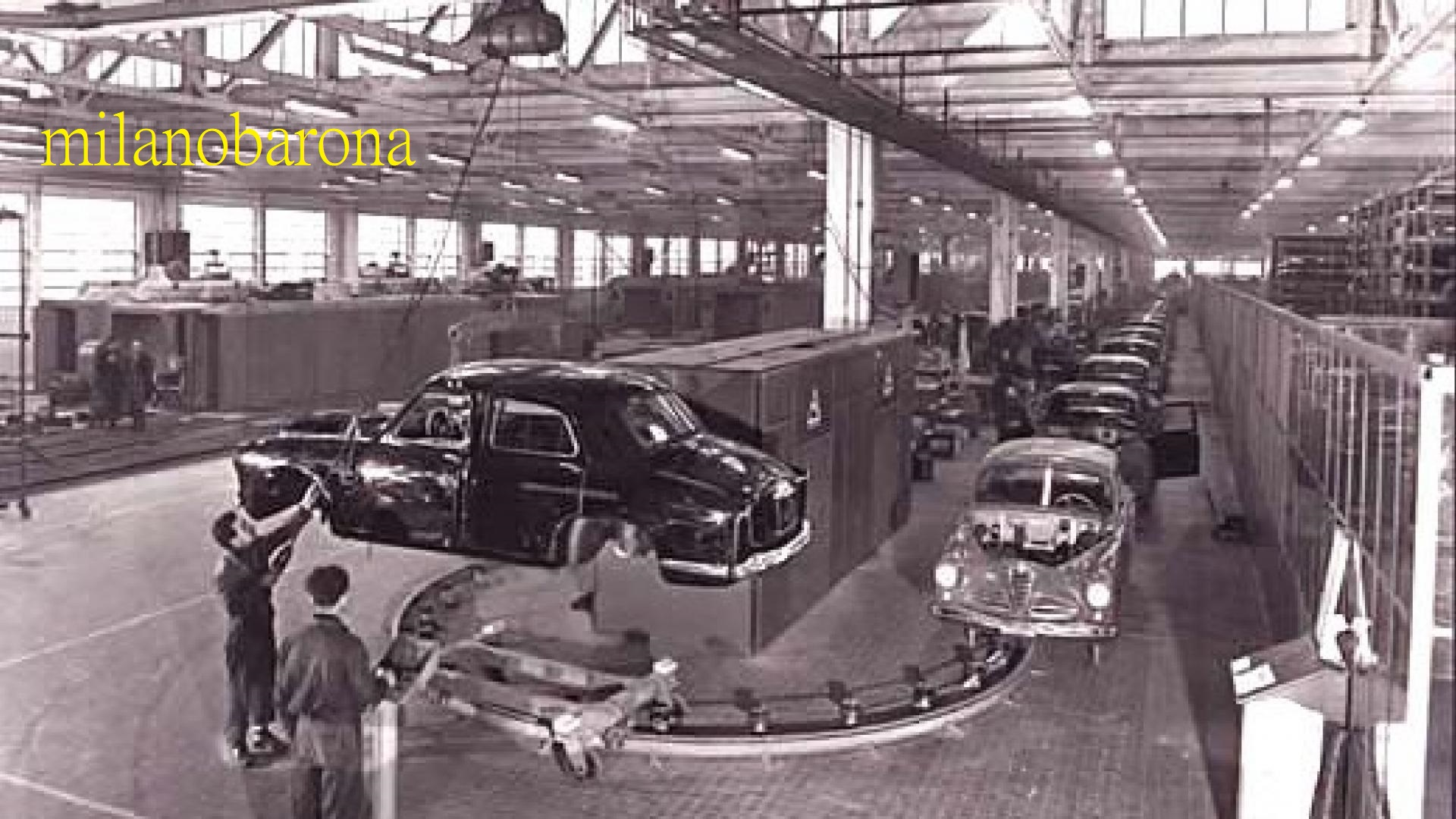 Milano anni '50. Stabilimenti Alfa Romeo del Portello. (fonte web motorbox)