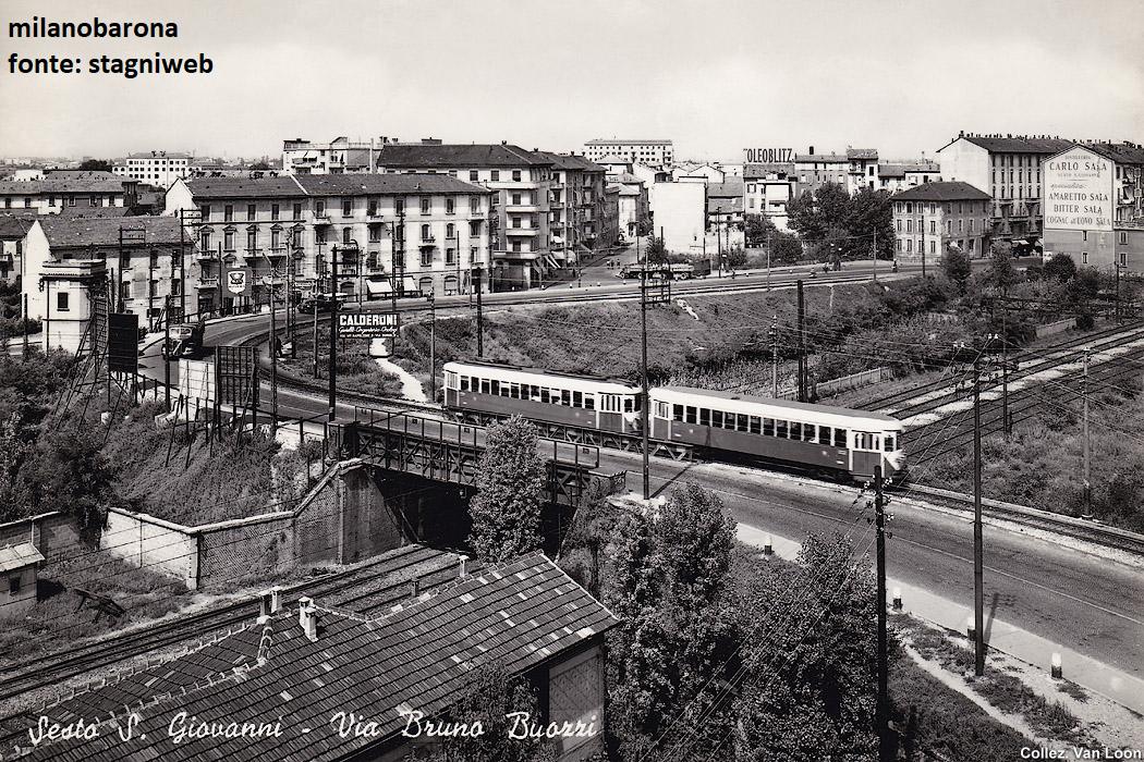 Sesto San Giovanni, anni '50. Cavalcavia Bruno Buozzi e la tramvia n.31 Milano Monza.