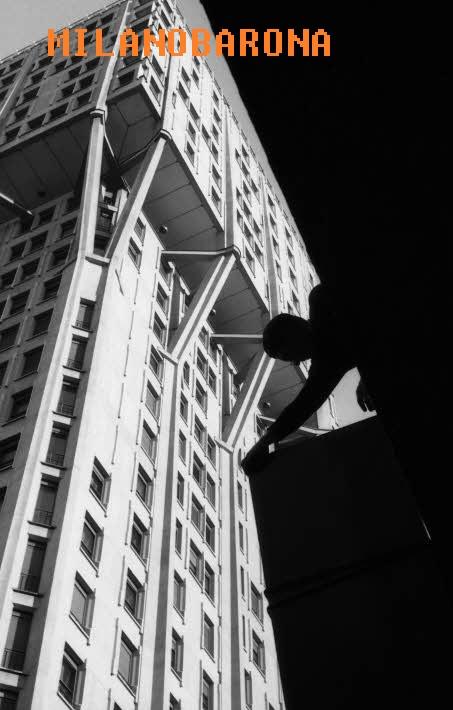 Torre Velasca (1961). (fonte immagine: web fotografieincomune)