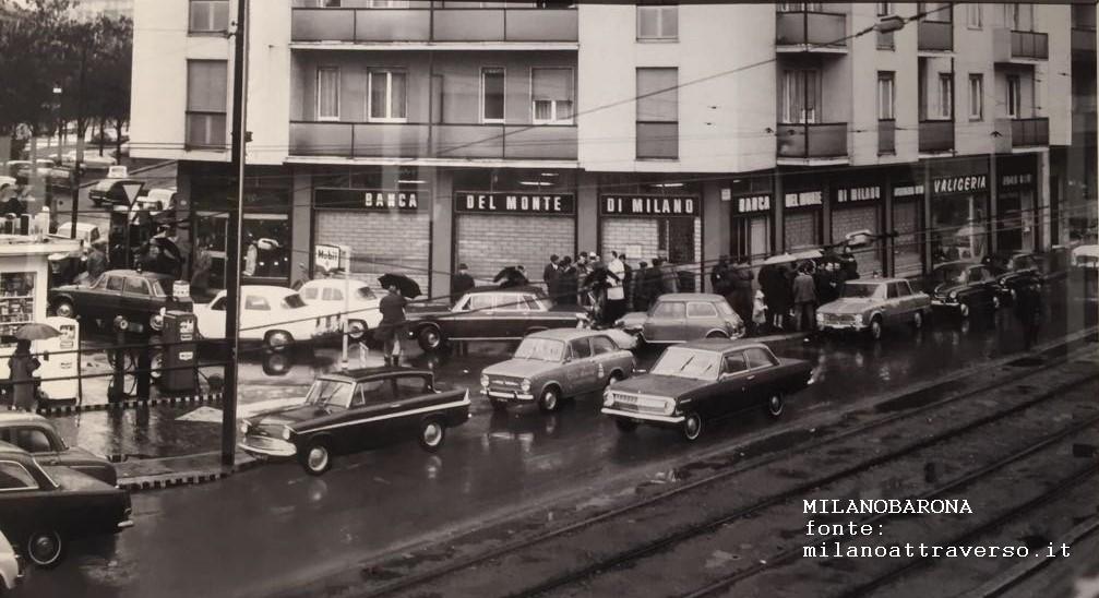 Milano 1965, Via Rembrandt-Piazza Velasquez angolo Via Pisanello. (fonte milanoattraverso.it)