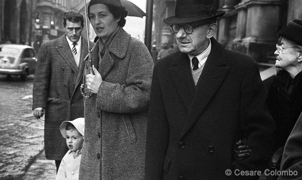 Via dei Mercanti fine anni '50. Autore immagine Cesare Colombo (fonte: web raccolta fotografica Cesare Colombo)