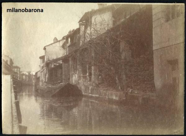 Milano 1890 circa. Tcinese verso Porta Romana. Via Molino delle Armi. (fonte fotografica : Portale Lombardia beni culturali),