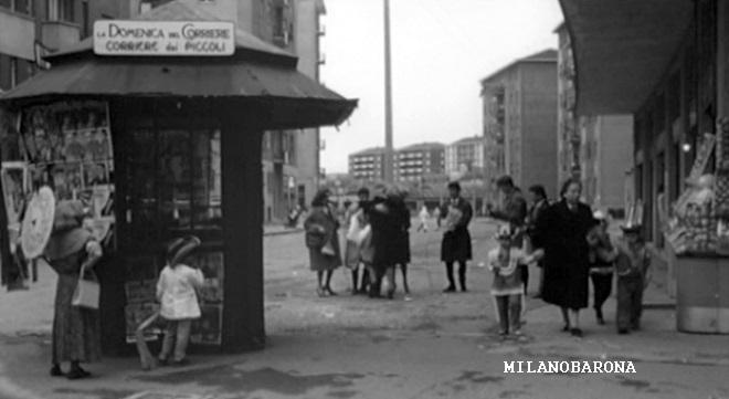 """Milano Cimiano 1960. Via Monfalcone angolo Via Giorgio Marazzani. Fotogramma del film """"Rocco e i suoi fratelli"""" di Luchino Visconi. (fonte web twbiblio.com)"""